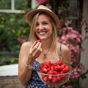 EP38 – Whoah Mama (pt 2) w/ Charlotte Stirling Reed of SR Nutrition